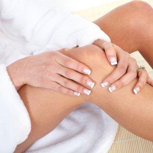 Синяки на теле без причины у женщин и мужчин: почему появляются на руках и ногах