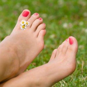 Крем для ног от грибка: недорогой для кожи между пальцами – мазь от запаха