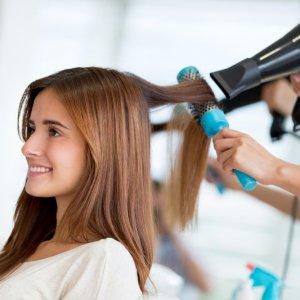 Профессиональное лечение волос в салоне красоты